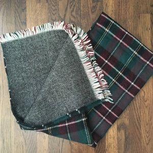 Beautiful blanket scarf! Two sides!